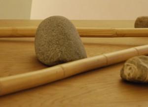 Experimentelle Zenkünste mit Steinen